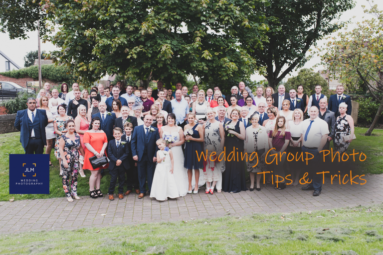 4 Tips for Getting Your Wedding Group Photos Done Quickly Without Missing Anyone